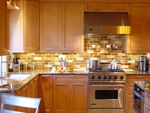 Stunning-Backsplash.jpg